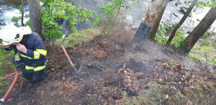 Požár kompostéru